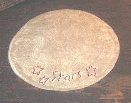 "Aged Medium Round Candle Mat - ""3 Stars, Red"", 10"" dia."