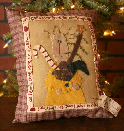 "Stitchery - ""All Hearts Come Home For Christmas"" - Pillow"