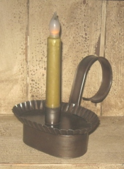 Colonial Oval Candlestick Holder