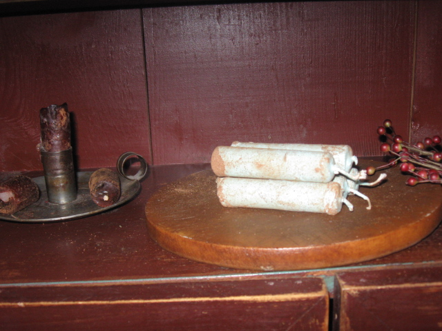 Tavern Pub Candles, Blue Willow Berry  - Stubs