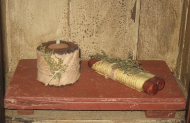 Buttery Board - Small, Red/Dirty White-buttery boards, primitive decor, early prim, wood candle holders,